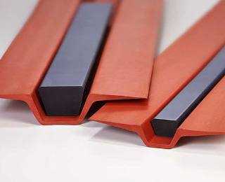 Elastomeric Tooling for Composites
